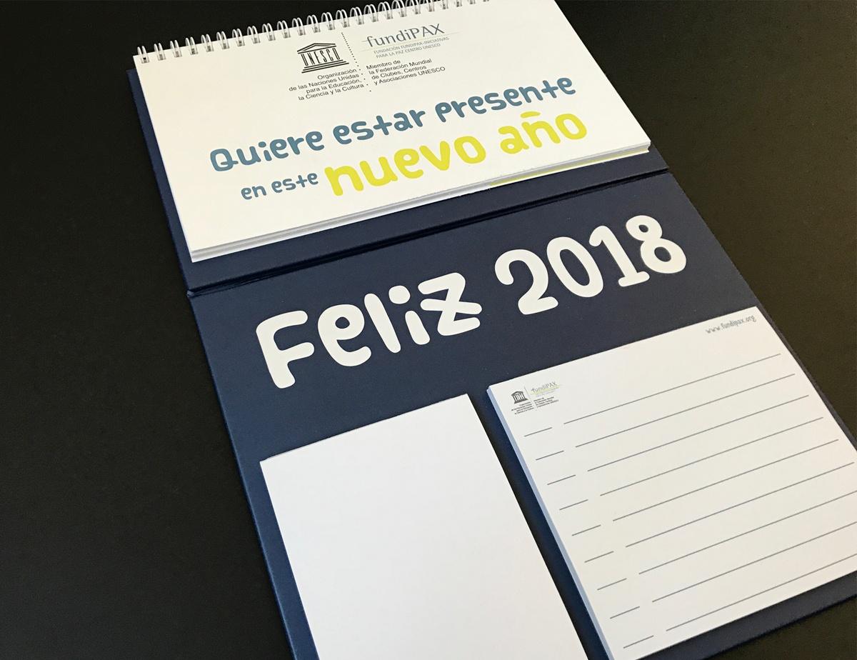 calendario plegable de mesa